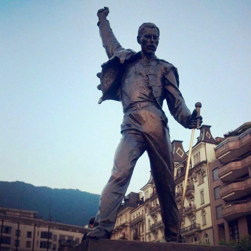 Freddie Mercury Simplemente Soy Una Prostituta Musical