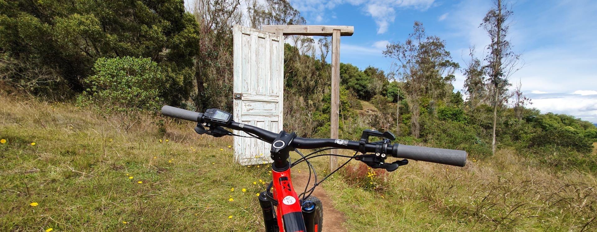 Viajando en bici a Suesca y Cucunubá por la Ruta Güecha - Canal Trece